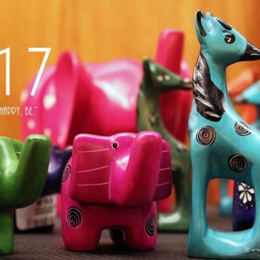 Celebrating folk art of Kenya + Jan 2017 Free Calendar Wallpapers!